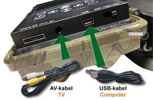 Outdoor Club Wildcamera Night vision Micro SD kaart en USB aansluiting. Rechts zit de switch voor aan, uit en de TEST Modus.